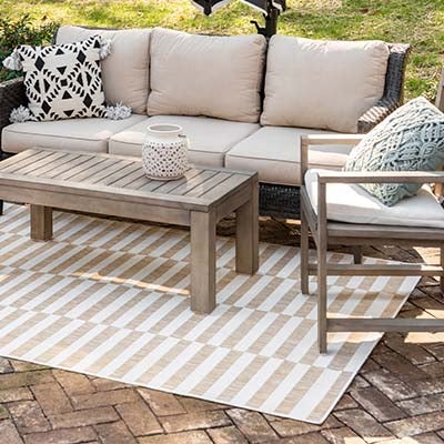 Outdoor Striped Rugs