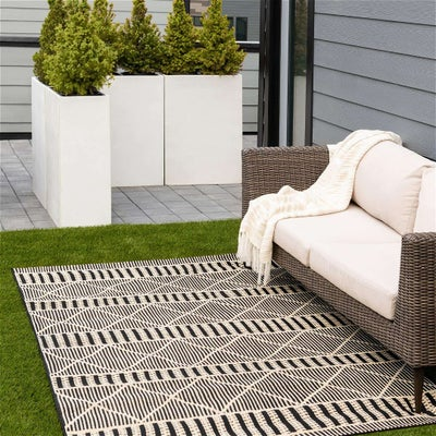 Outdoor Lattice Collection